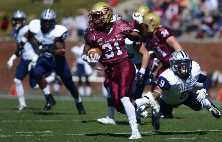 Elon WR Kierre Brown (AP Photo/Burlington Times-News, Scott Muthersbaugh)