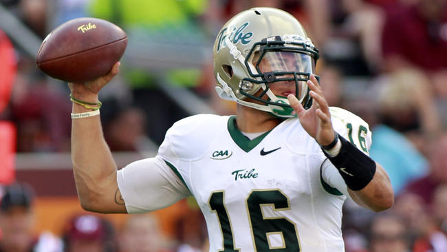 Senior QB Steve Cluley looks like the unquestioned #1 at the position in 2016. [photo: Baltimore Sun]