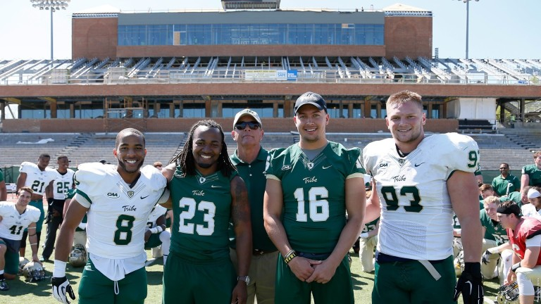 Ladies and Gentlemen, meet your 2016 William & Mary captains. [photo: tribeathletics.com]